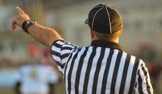 Referee-1149014_640 (1)